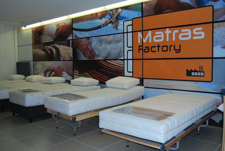 Matras Kopen Tips : Proefliggen op een matras tips en advies matras factory we